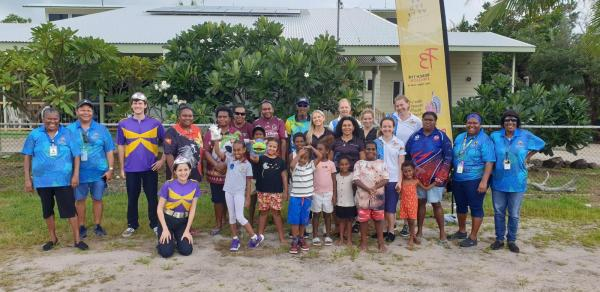 Photo of large group of people including children at the Horn Island Deadly Ears clinic.
